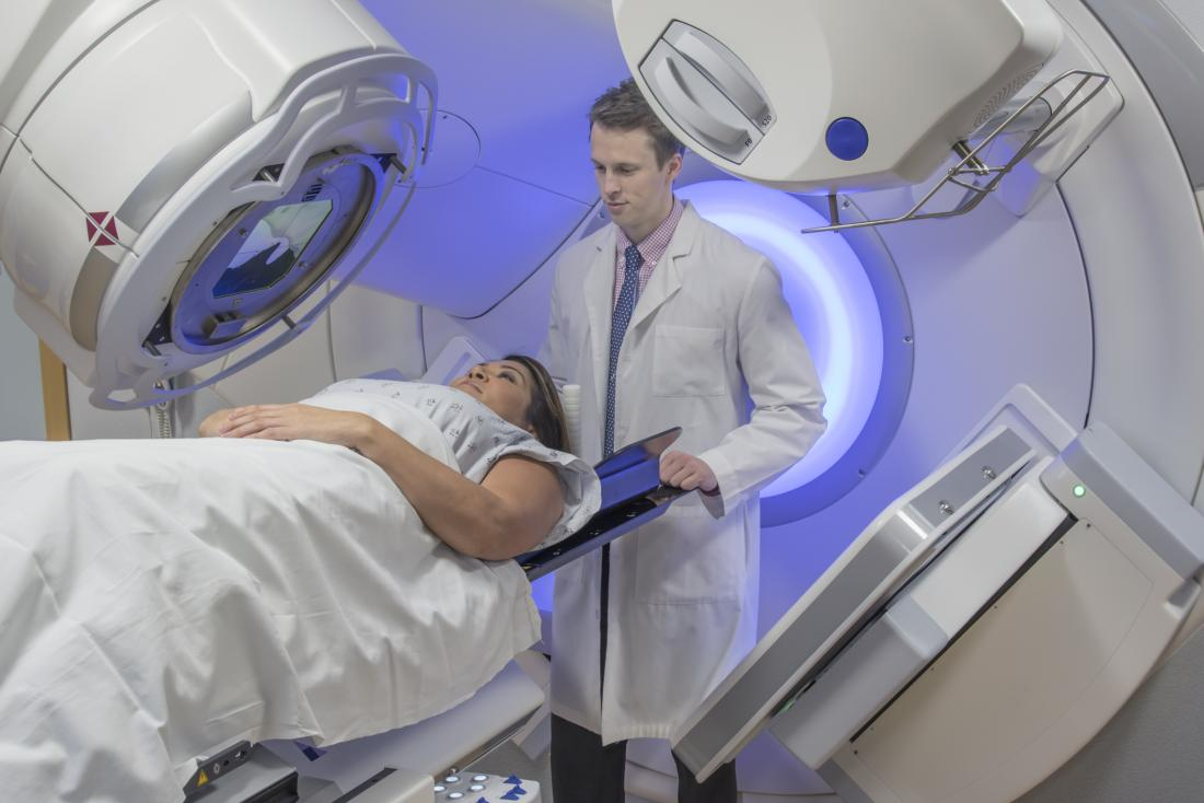 woman getting radiotherapy
